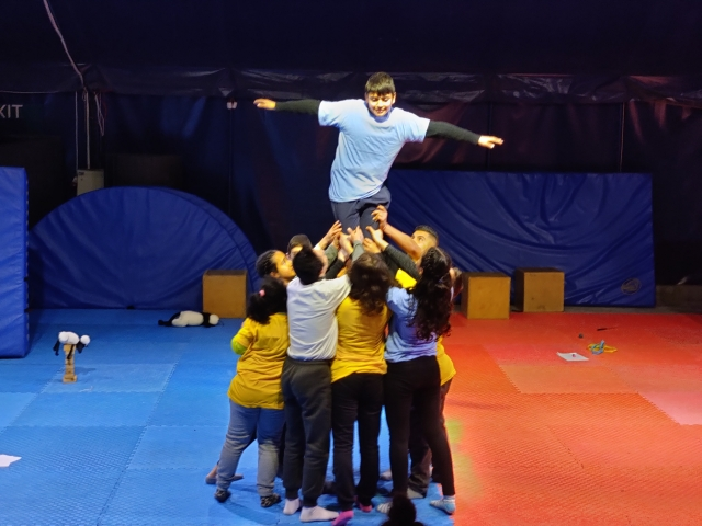 The performance at the MAP-supported Palestinian Circus School
